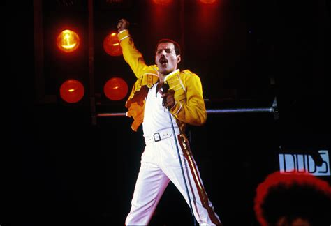 film queen concerto live at wembley 1986 queen photos