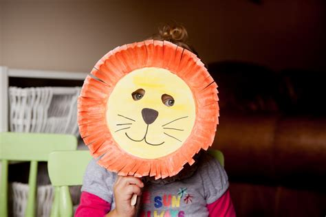 How To Make Paper Plate Masks - minutes paper plate mask