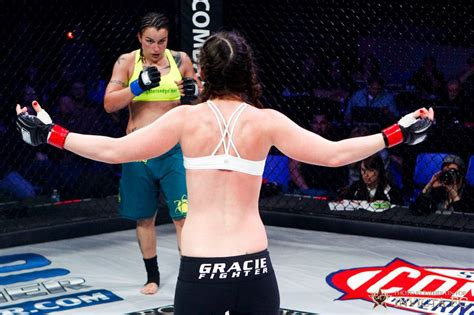 mma women fighters wardrobe malfunctions the mother of all mma wardrobe malfunctions
