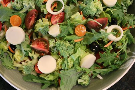 vegetables types of salaad mixed greens hearts of palm salad
