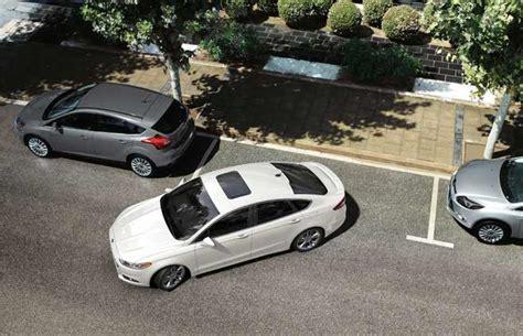 how do self parking cars work