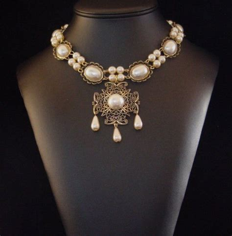 1000 images about renaissance jewellery on jewelry www imgkid the image kid has it