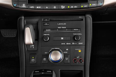 2015 Lexus CT 200h Radio Interior Photo   Automotive.com
