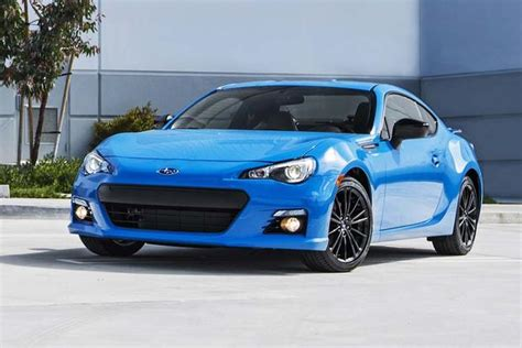 buy used subaru brz 2016 subaru brz 5 reasons to buy autotrader