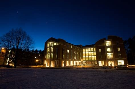 Dartmouth Tuck Mba Faq by Tuck School Of Business 4 Must Ask Questions When