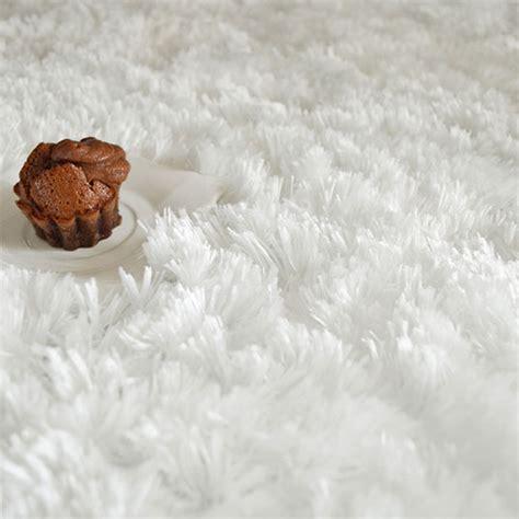 Tapis Blanc Poil 1134 tapis blanc poil tapis salon poil blanc avec des id