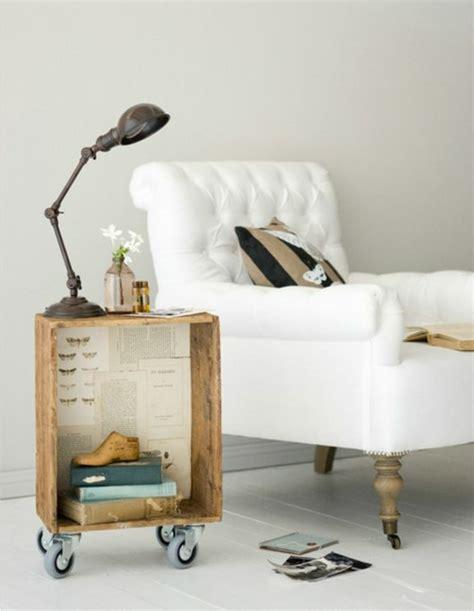 Nachttisch Auf Englisch by Europaletten Bett Bauen Preisg 252 Nstige Diy M 246 Bel Im