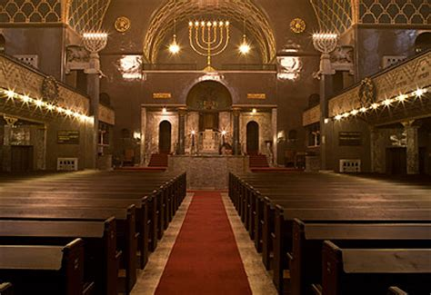 interior layout of a synagogue worlds most beautiful synagogues