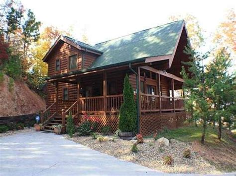 Late Deals On Log Cabins With Tubs by 17 Best Images About Cabins In Tn On