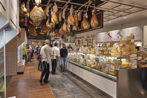 cannoli eataly bostons opening day   numbers