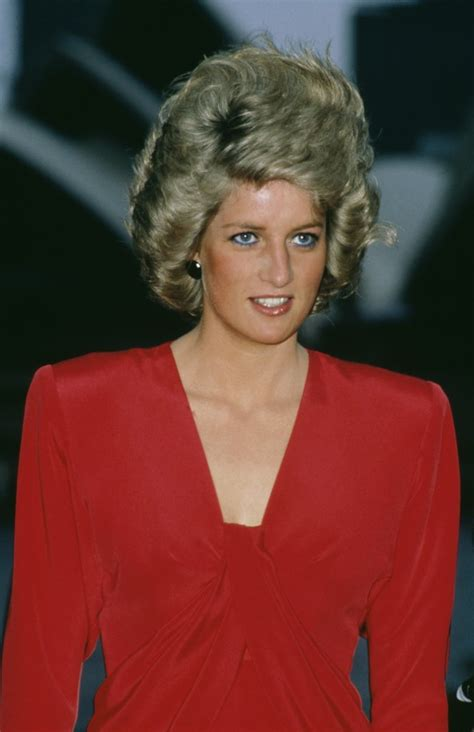 princess diana hairsytle for 50s 50 rare photos of princess diana that reveal what her life