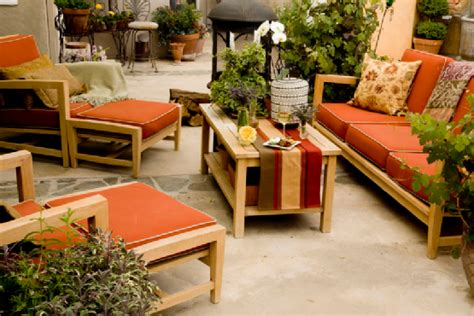 comfortable outdoor furniture for small spaces comfortable outdoor area choosing the right patio furniture