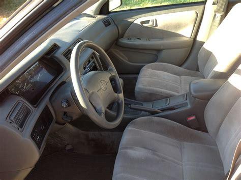 Toyota Camry 1998 Interior 1998 Toyota Camry Interior Pictures Cargurus
