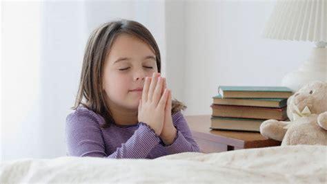 imagenes de niños orando con jesus la oraci 211 n de una ni 209 a testigo de jehov 193 buena y justa