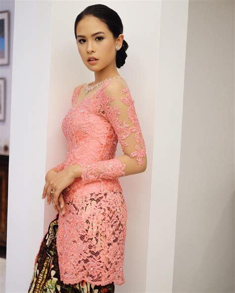 Batik Ayunda Zaskia gambar ke 2 cantik kenakan kebaya maudy ayunda