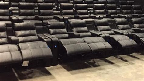Regal Cinemas Recliner Seats by Recliners Not Seats In Regal S Walden Galleria Cinemas