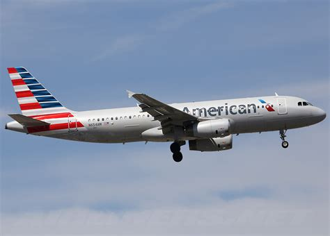 American Airlines airbus a320 american airlines photos and description of