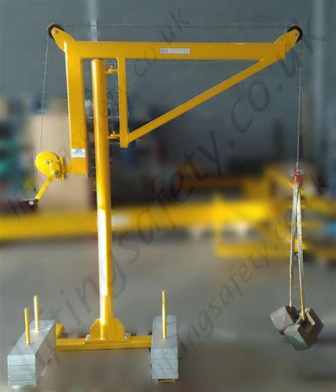 swing jib portable counterbalance free standing davit arm swing