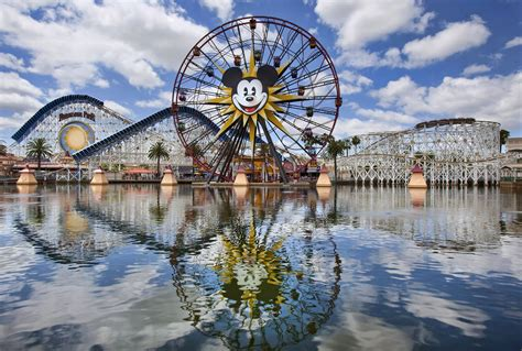 theme park california cars land disney s california adventure images collider