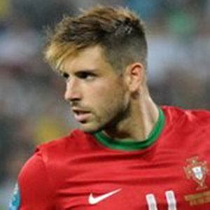 miguel veloso hairstyle name miguel veloso bio facts family famous birthdays