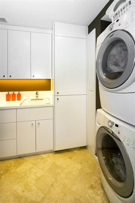 How To Decorate Your Laundry Room Decorate Laundry Room Laundry Room Ideas With Small Space Decorbathroomideas