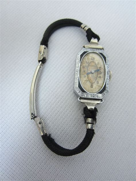 vintage 1924 bulova deco enamel 15jewels