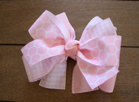 How To Make A Ribbon Bow Out Of Paper - 72 beautiful diy gift wrap and tags tip junkie