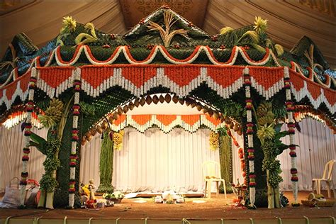 Wedding Decoration Gold And White Indian Wedding Stage Decoration Ideas 9 Ideas That Ll Inspire
