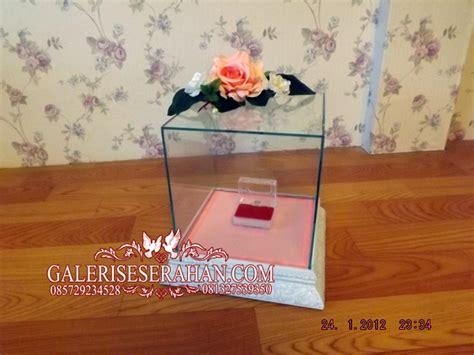 Kotak Box Hantaran Seserahan Warna Putih Gold Seserahan Box Kaca Nuansa Pink Putih Galeri Seserahan