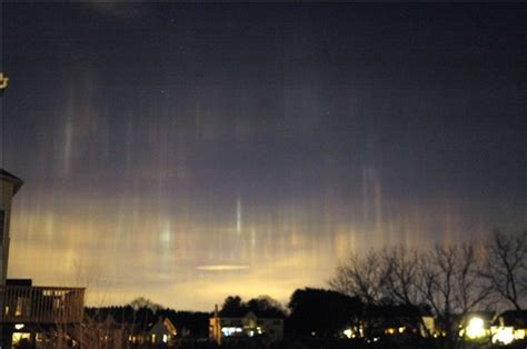 bright light in sky last night strange light pillars in northeast last night