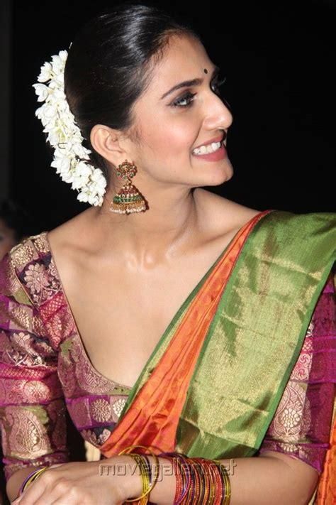Tamil Wardrobe Photos by Vani Kapoor That Blouse