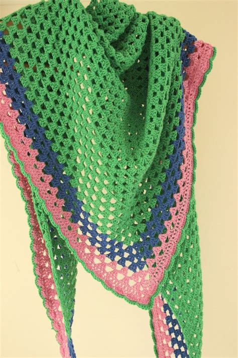 pattern triangle crochet another granny triangle shawl free pattern shawl and