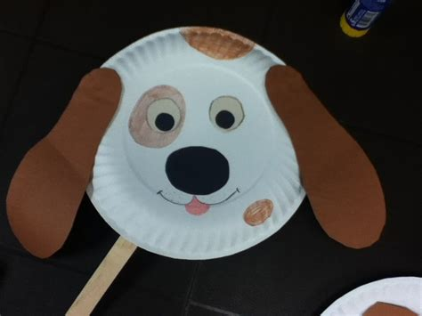 How To Make Animal Masks With Paper Plates - paper plate craft doggie mask craft for toddlers