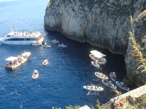 gruta azul italiajpg gruta azul capri lugares inesquec 237 veis