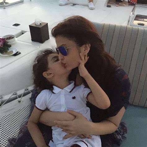 aishwarya rai bachan instagram unseen photo of aishwarya rai bachchan with daughter