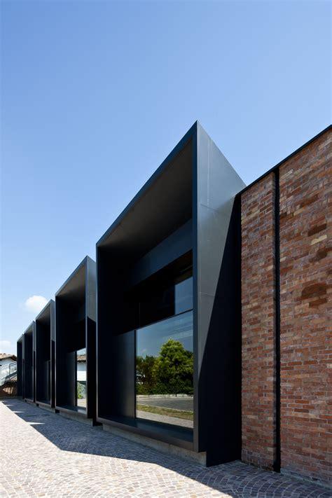 Moderne Fassadengestaltung 3323 galer 237 a de la casa della musica geza gri e zucchi