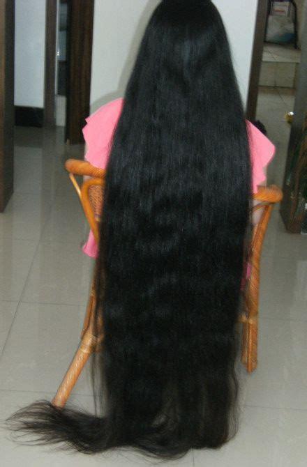 very long floor length hair xiaobai has very long hair about floor length