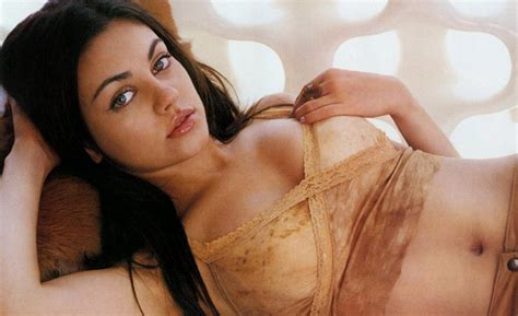 Blind Hispanic Singer Mila Kunis Is Fhm S Sexiest Woman In The World T V S T