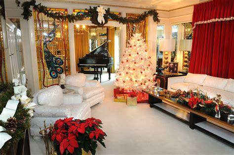 graceland memphis christmas lights elvis presley blvd graceland christmas lights pictures to