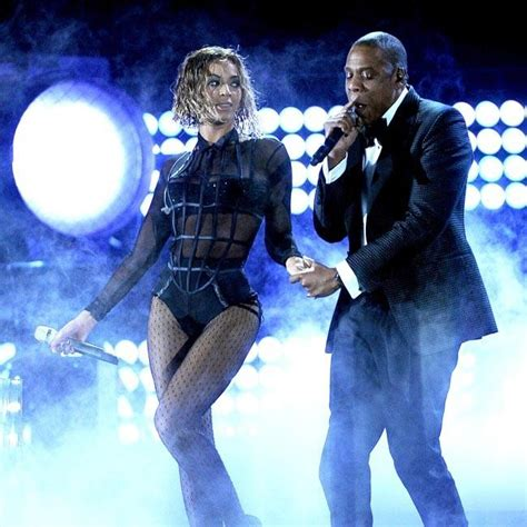 Suffers Wardrobe On Stage by Beyonce Suffers On Stage Wardrobe