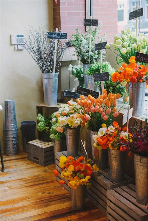 Floral Stores by Best 25 Flower Shop Displays Ideas On Flower