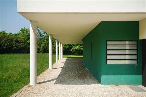 4 Car Garage The Building Villa Savoye Le Corbusier