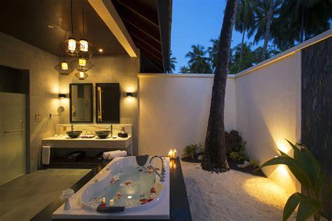 Whirlpool Bathtubs Atmosphere Kanifushi Maldives Lets Go Maldives