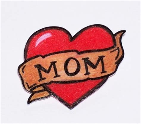 i love you mom tattoo greene letters i you