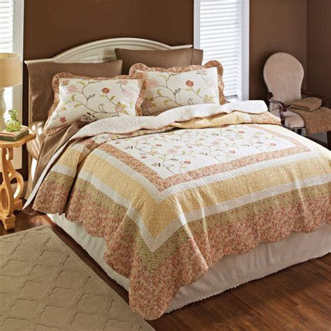 better homes and gardens quilt collection priscilla