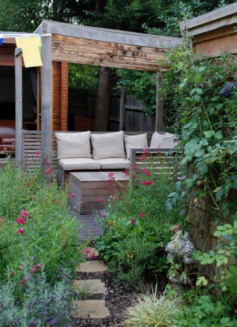 garden design oxshott lisa cox garden designs blog covered seating area lisa cox garden designs blog