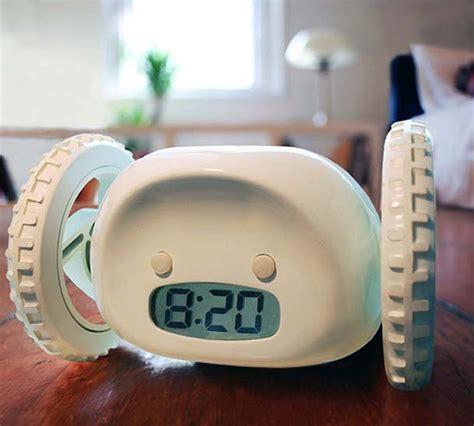 Alarm Wheels clocky runaway alarm clock on wheels 187 cool sh t i buy