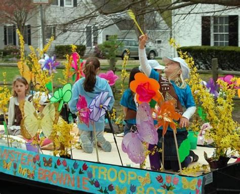 themes for girl scout c parade theme ideas brewster s brownies on their parade
