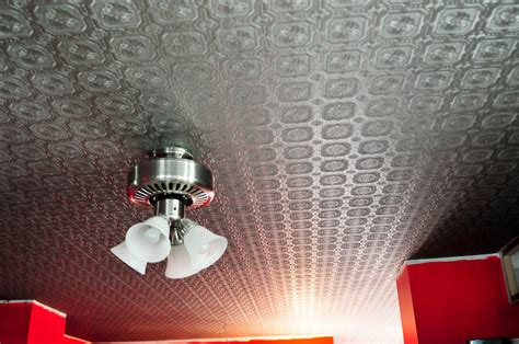 Textured Wallpaper For Ceiling by 27 Ceiling Wallpaper Design And Ideas Inspirationseek