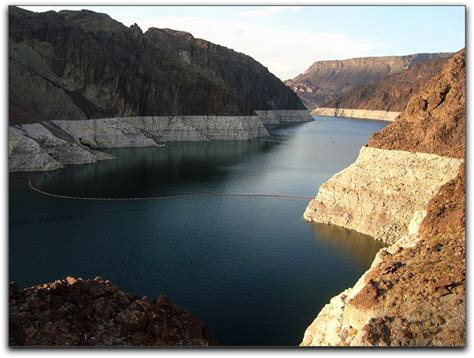 part 1 use images to analyze how lake mead has changed